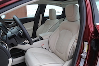 2015 chrysler 200c premium leather seating