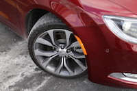 chrysler 200 tires