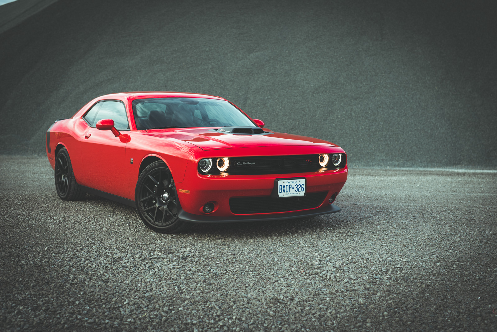 Review 2015 Dodge Challenger Scat Pack Shaker Canadian