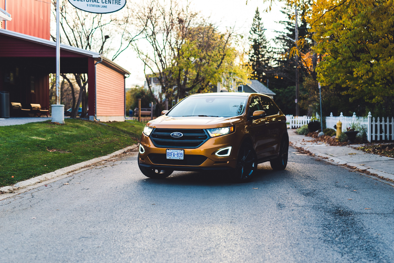 Ford Edge Sport Electric Spice Ford Edge Sport Yellow