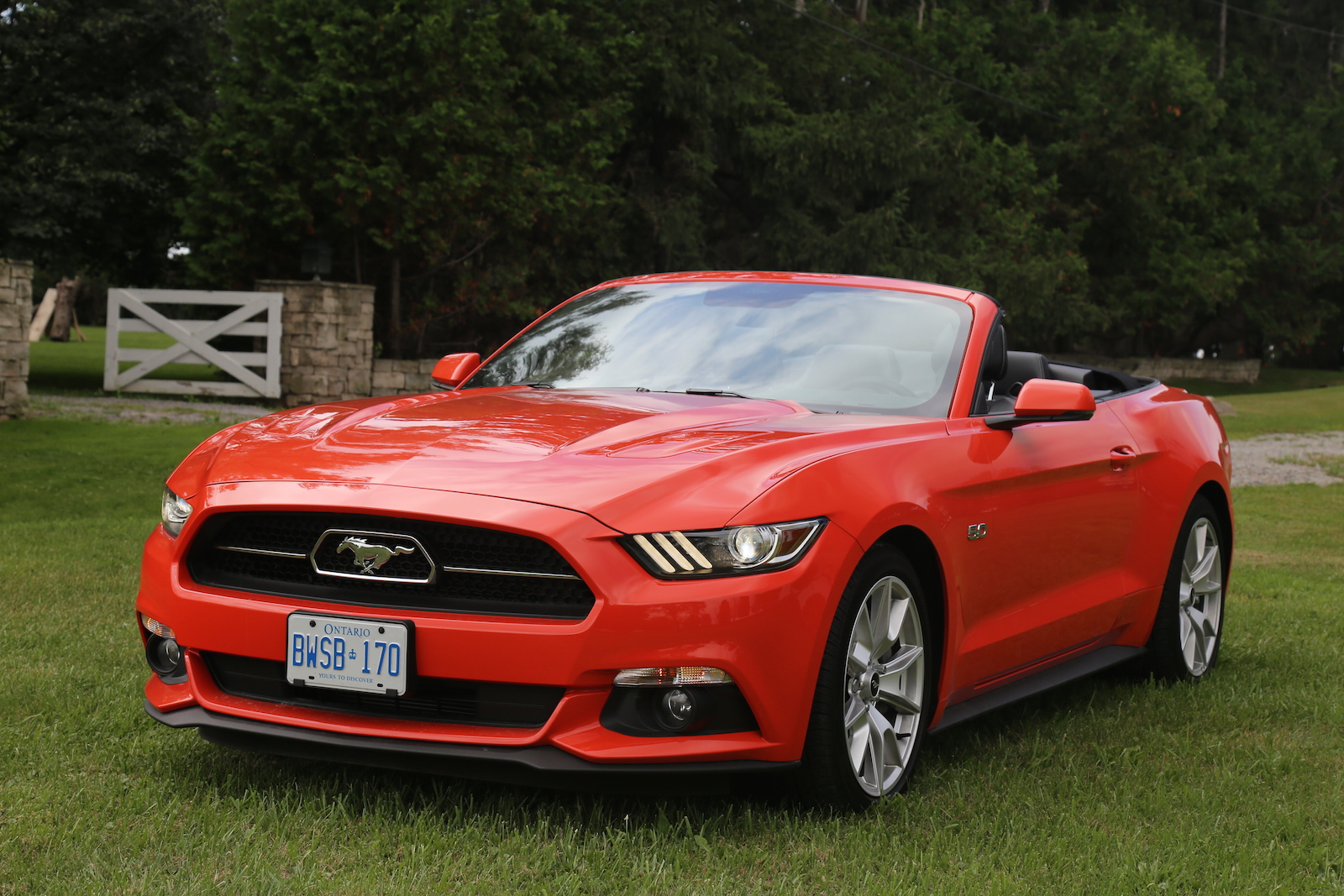 2015 ford mustang gt convertible canadian auto review. Black Bedroom Furniture Sets. Home Design Ideas