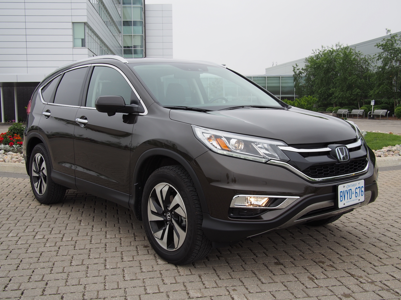 Review: 2015 本田 Honda CR-V Touring | Canadian Auto Review