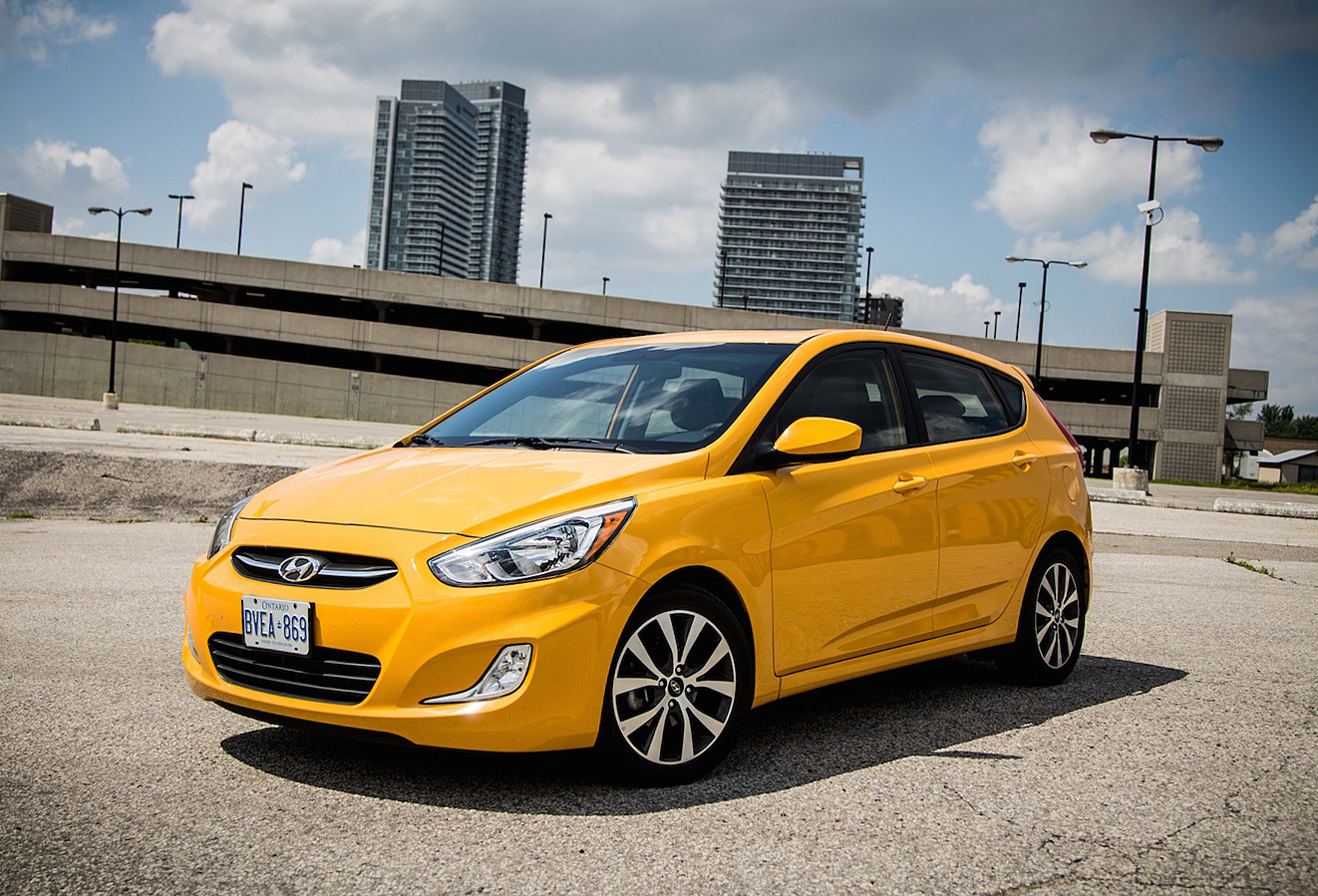 review 2015 hyundai accent canadian auto review. Black Bedroom Furniture Sets. Home Design Ideas