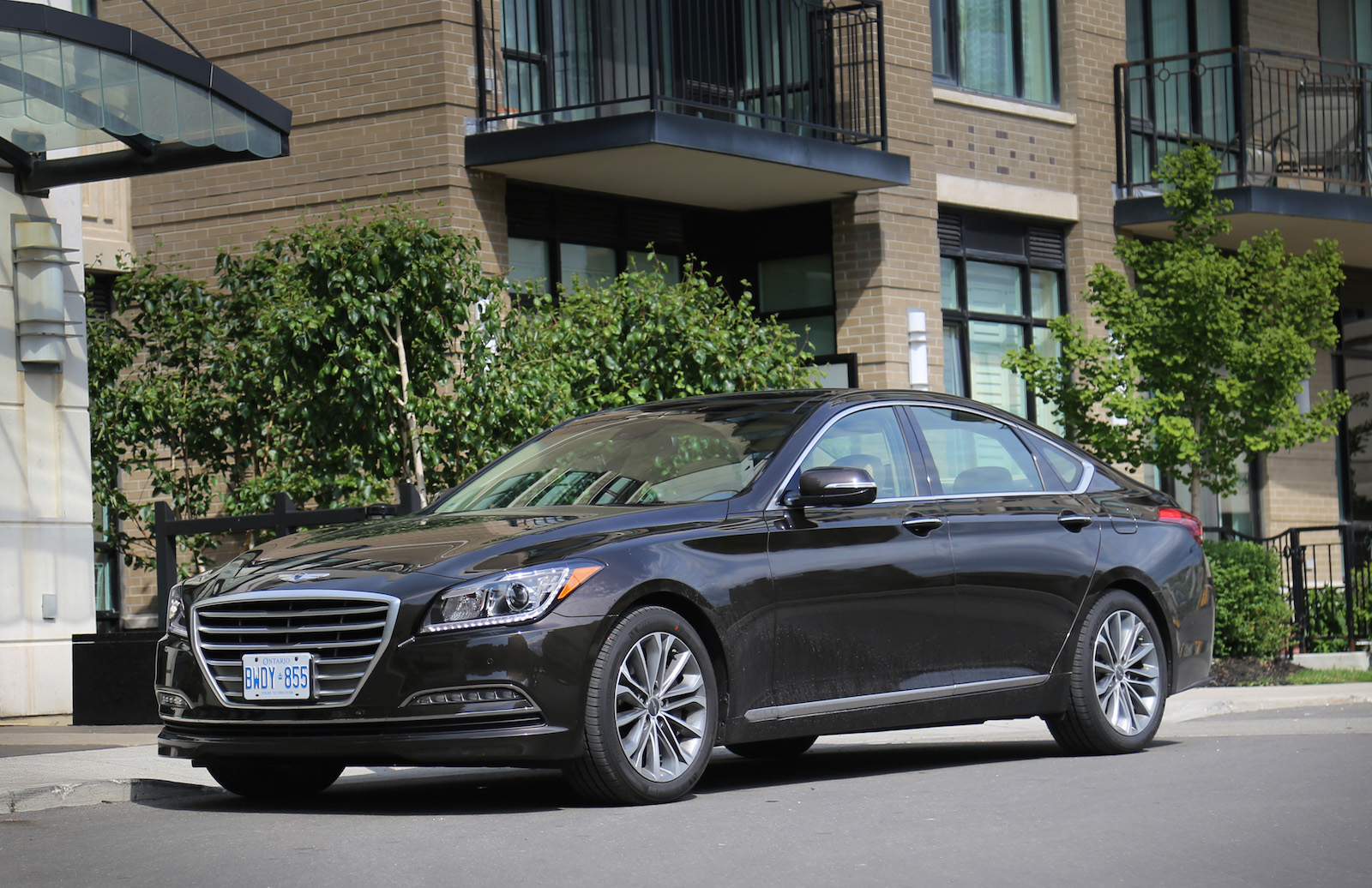Hyundai Genesis 2015 Manhattan Brown