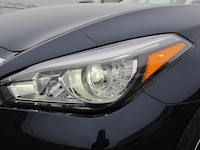 2015 Infiniti Q50 3.7 AWD headlights