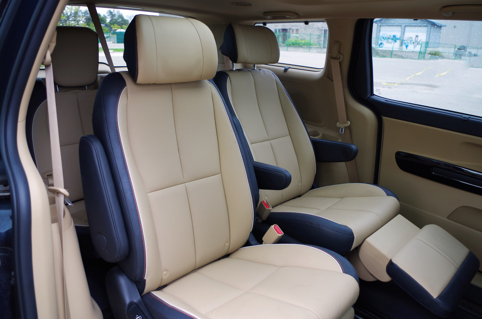 Review: 2015 Kia Sedona SXL | Canadian Auto Review