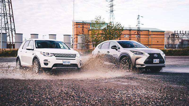 land rover vs lexus comparo