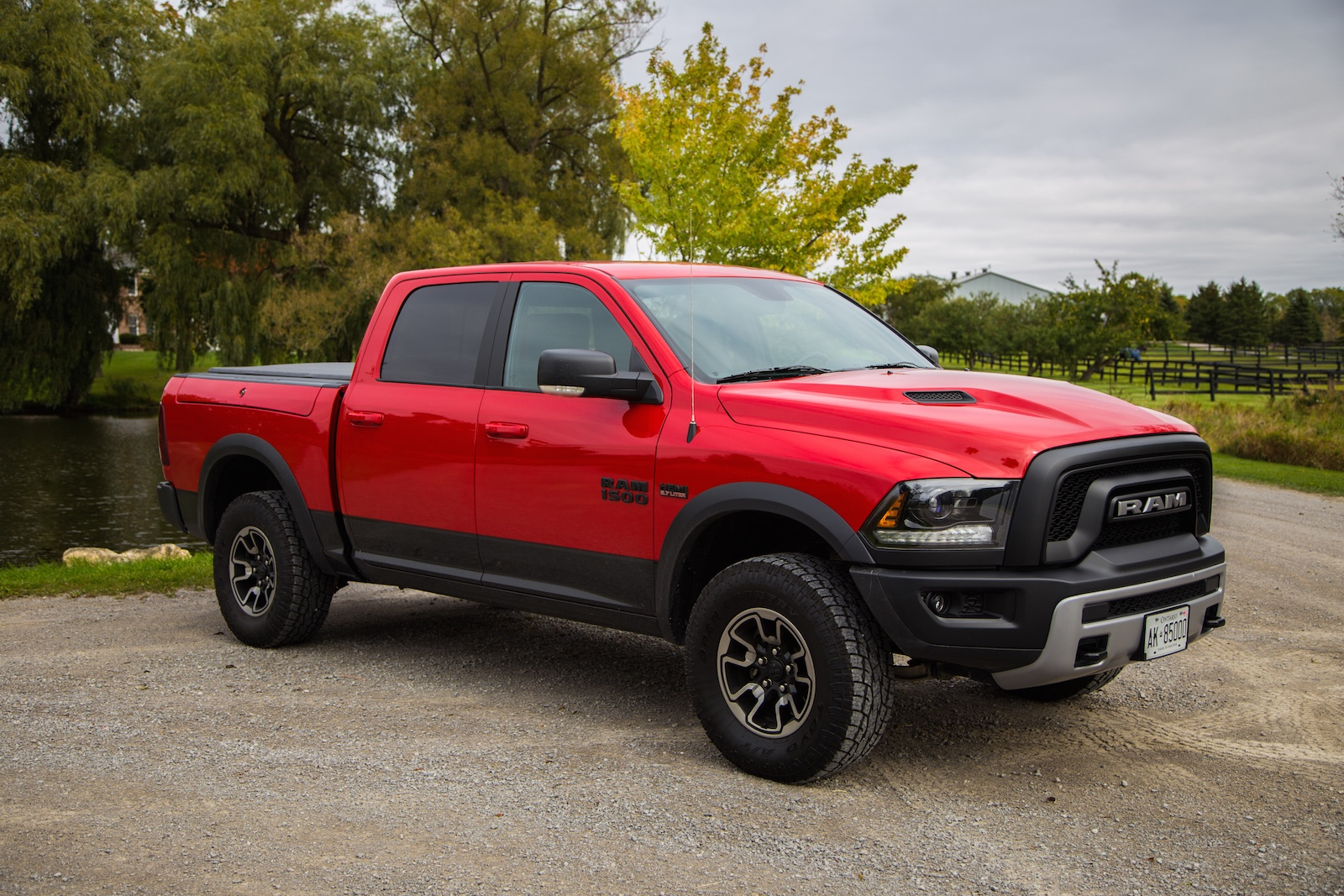 review 2015 ram 1500 rebel canadian auto review. Black Bedroom Furniture Sets. Home Design Ideas