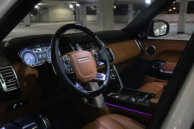 Review 2015 range rover autobiography lwb canadian auto review for Range rover sport interior lighting