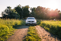 volvo v60 cross country farm grass