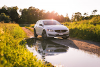 volvo v60 cross country off roading