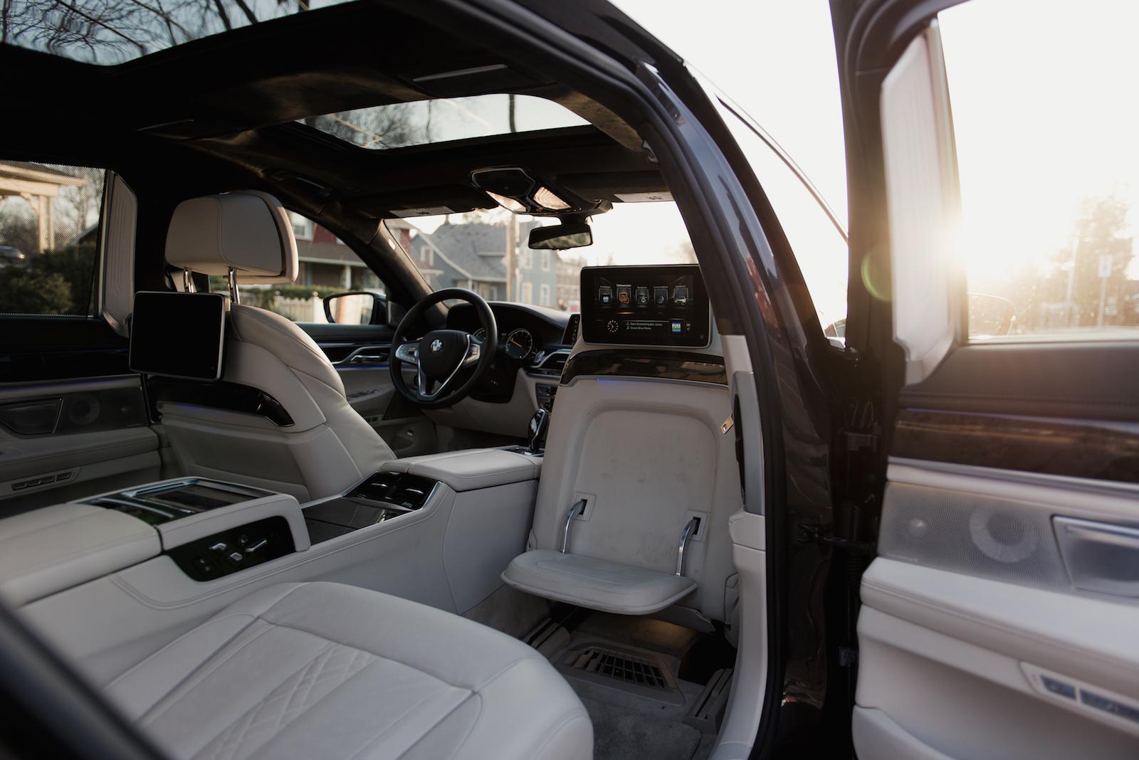 2016 BMW 750Li XDrive Rear Executive Lounge