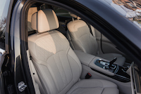 2016 BMW 750Li xDrive front seats
