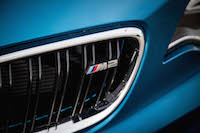 2016 BMW M2 badge front