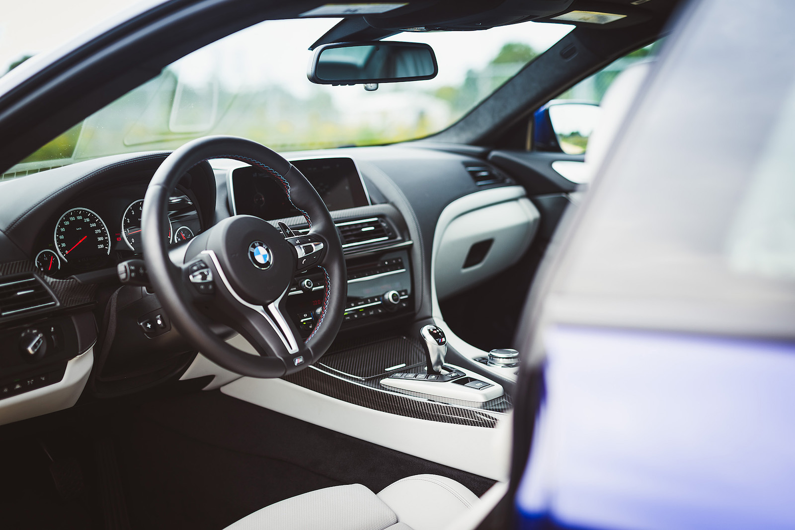 ... Coupe Series Bmw M6 Interior : Review: 2016 BMW M6 Coupe | Canadian  Auto Review ...