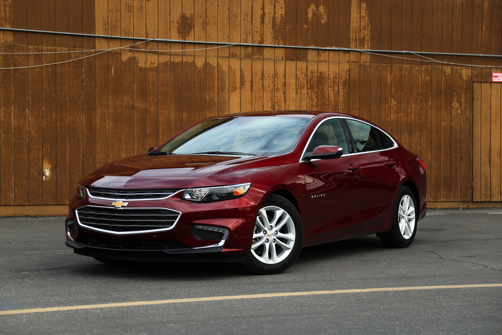 first drive 2016 chevrolet malibu canadian auto review. Black Bedroom Furniture Sets. Home Design Ideas