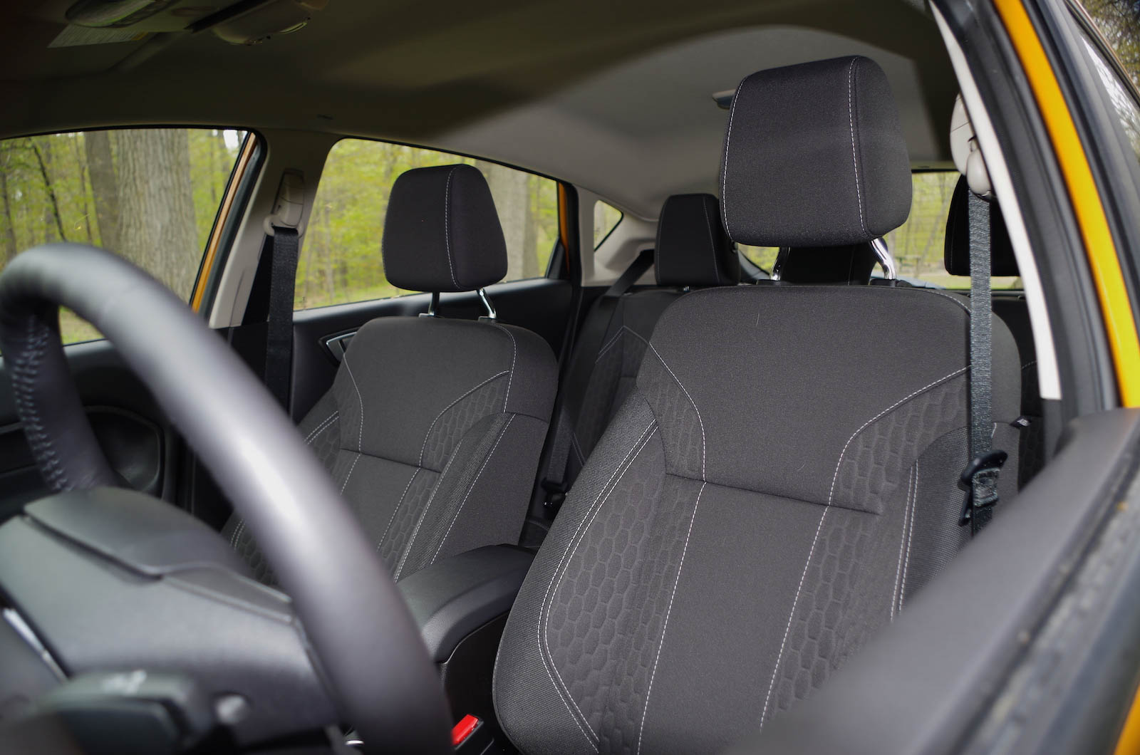 2016 ford fiesta se front cloth seats