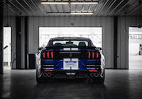 2016 Ford Shelby GT350R blue rear spoiler