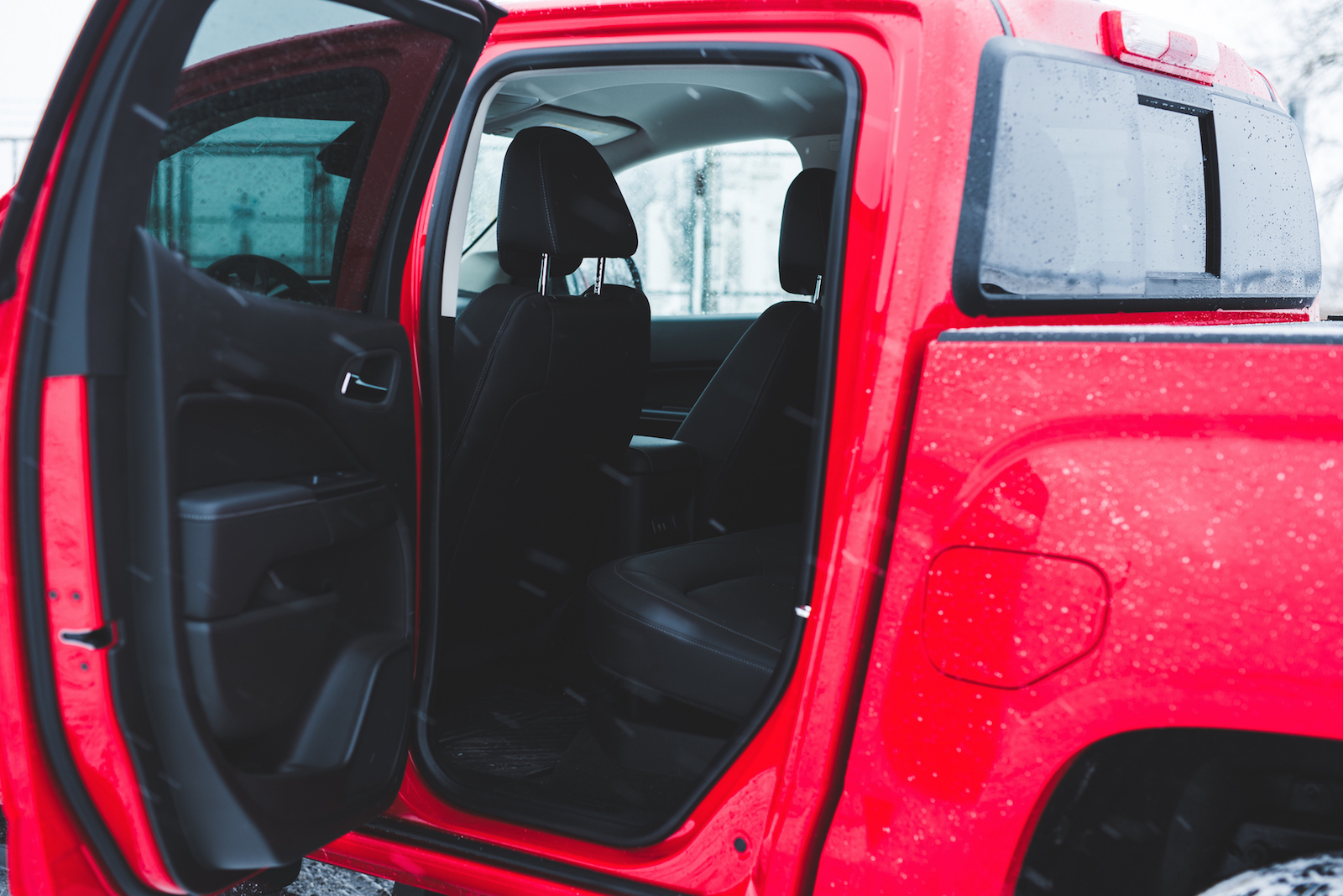 review 2016 gmc canyon slt canadian auto review. Black Bedroom Furniture Sets. Home Design Ideas