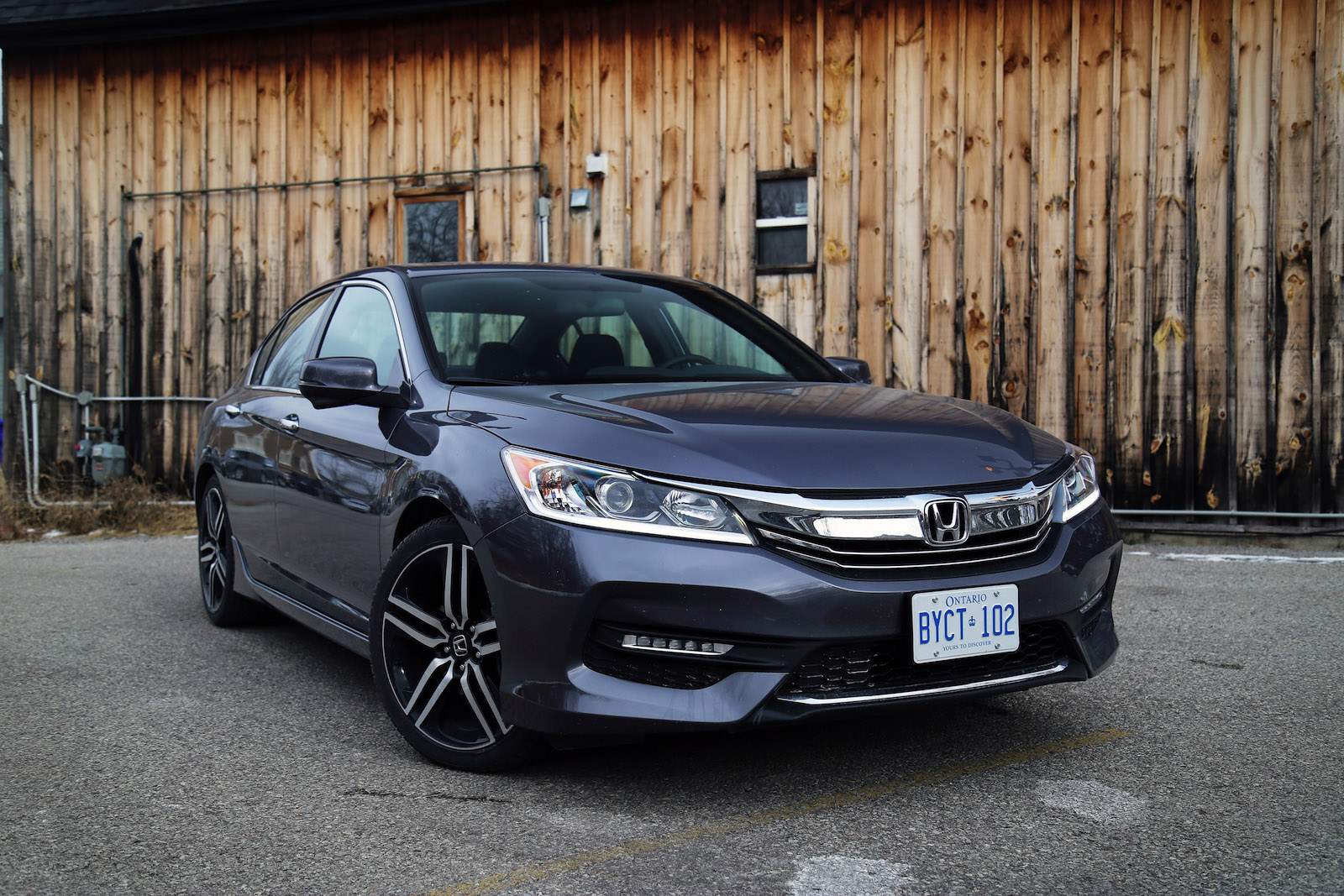 article left sedan autoweek notes reviews driving sport honda accord front car review
