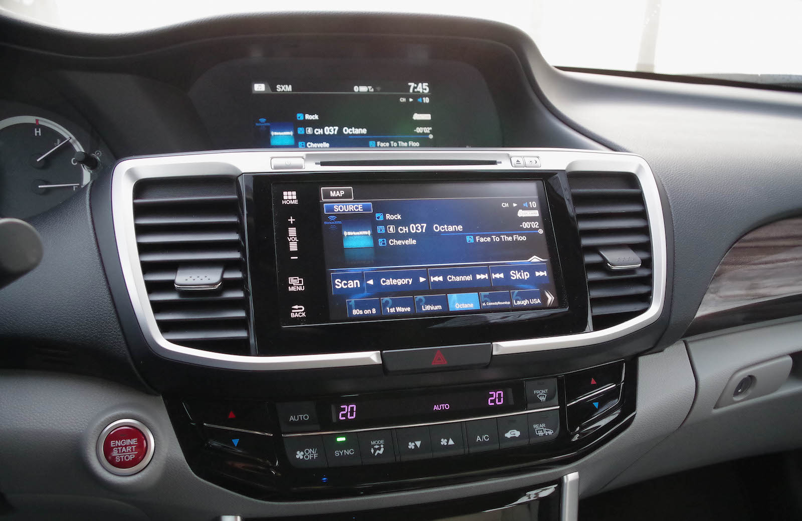 Review: 2016 Honda Accord Touring | Canadian Auto Review