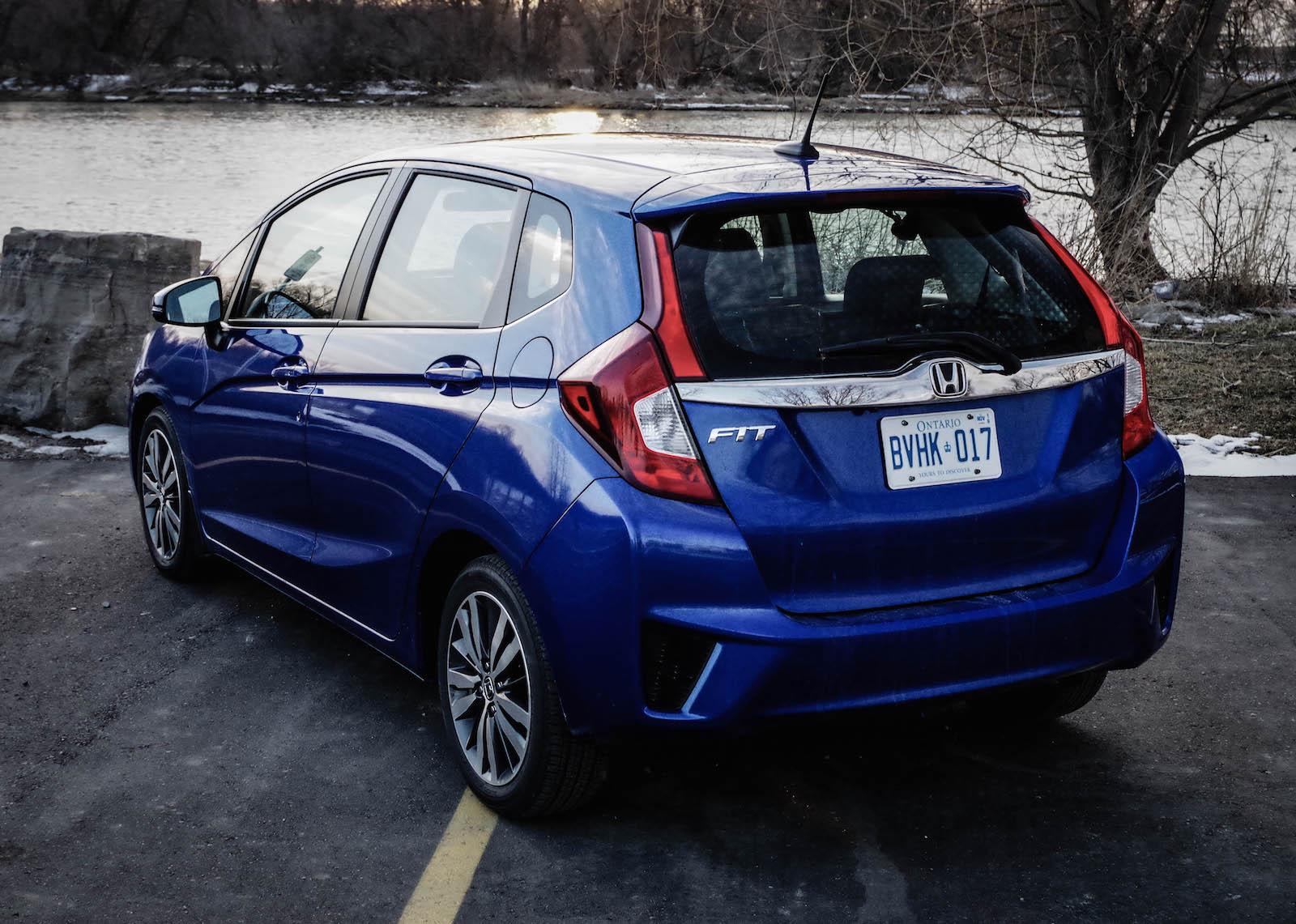 review 2016 honda fit ex l navi canadian auto review