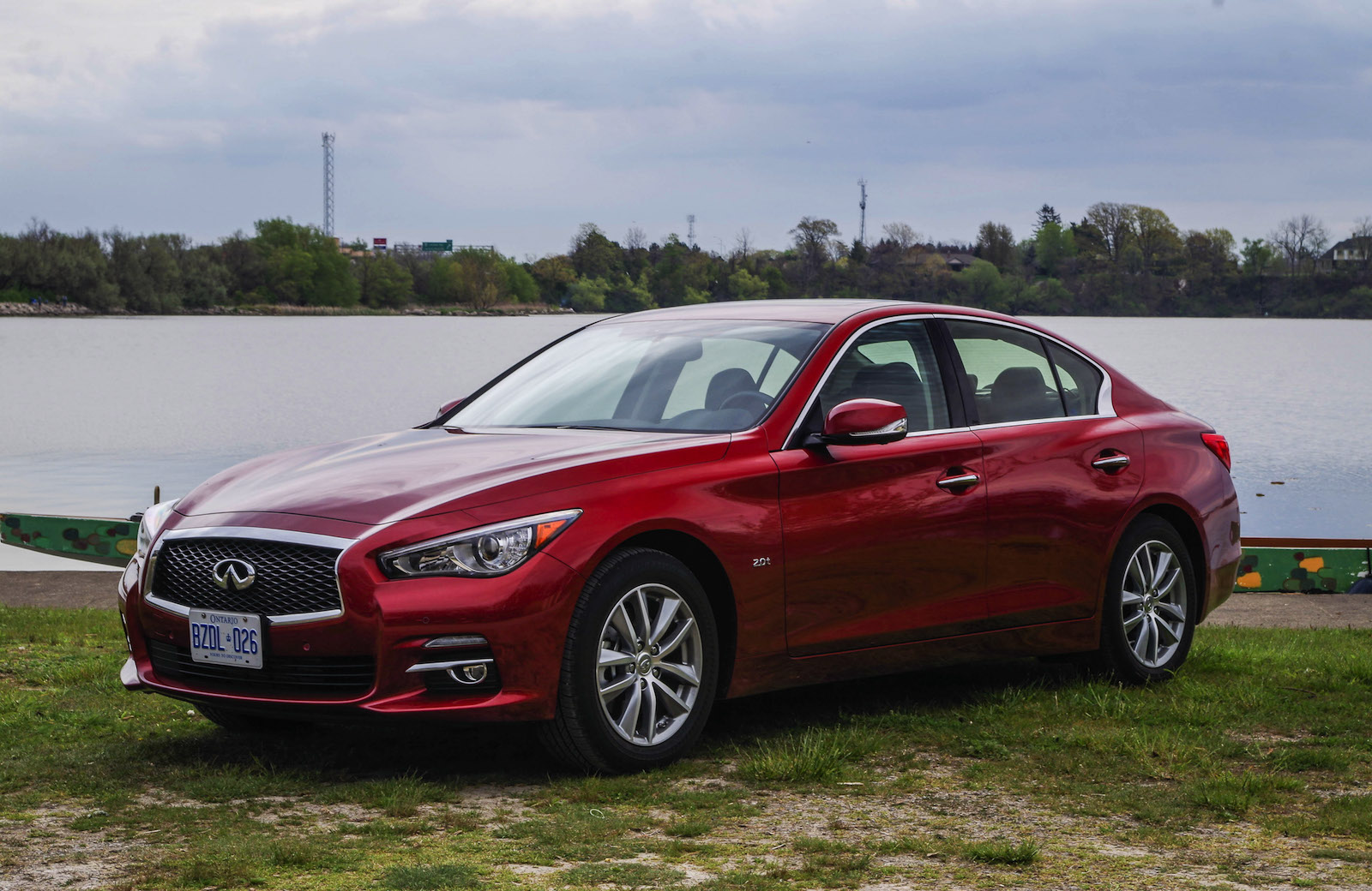 review 2016 infiniti q50 canadian auto review. Black Bedroom Furniture Sets. Home Design Ideas