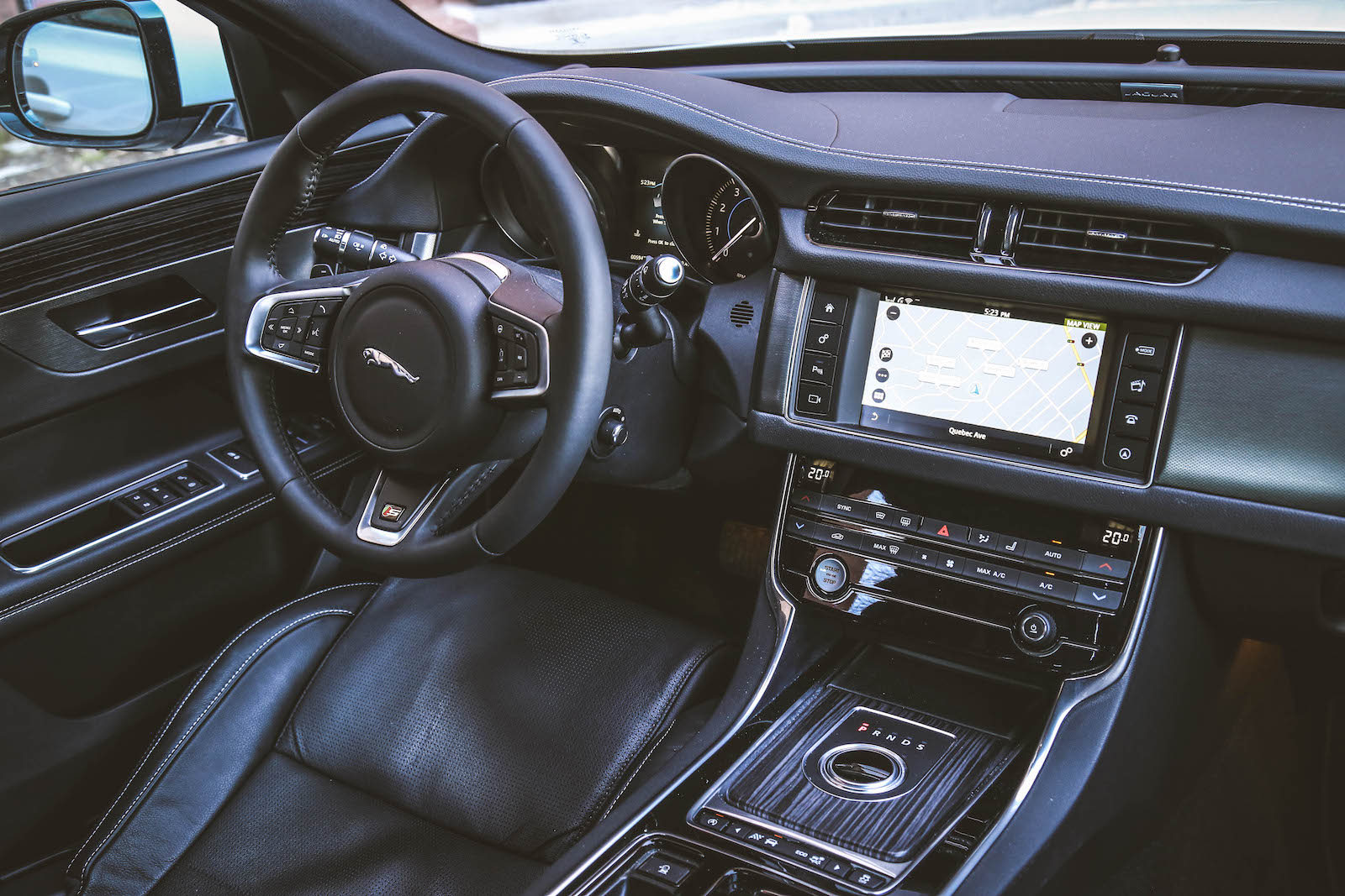 2016 xf s awd canadian auto review. Black Bedroom Furniture Sets. Home Design Ideas
