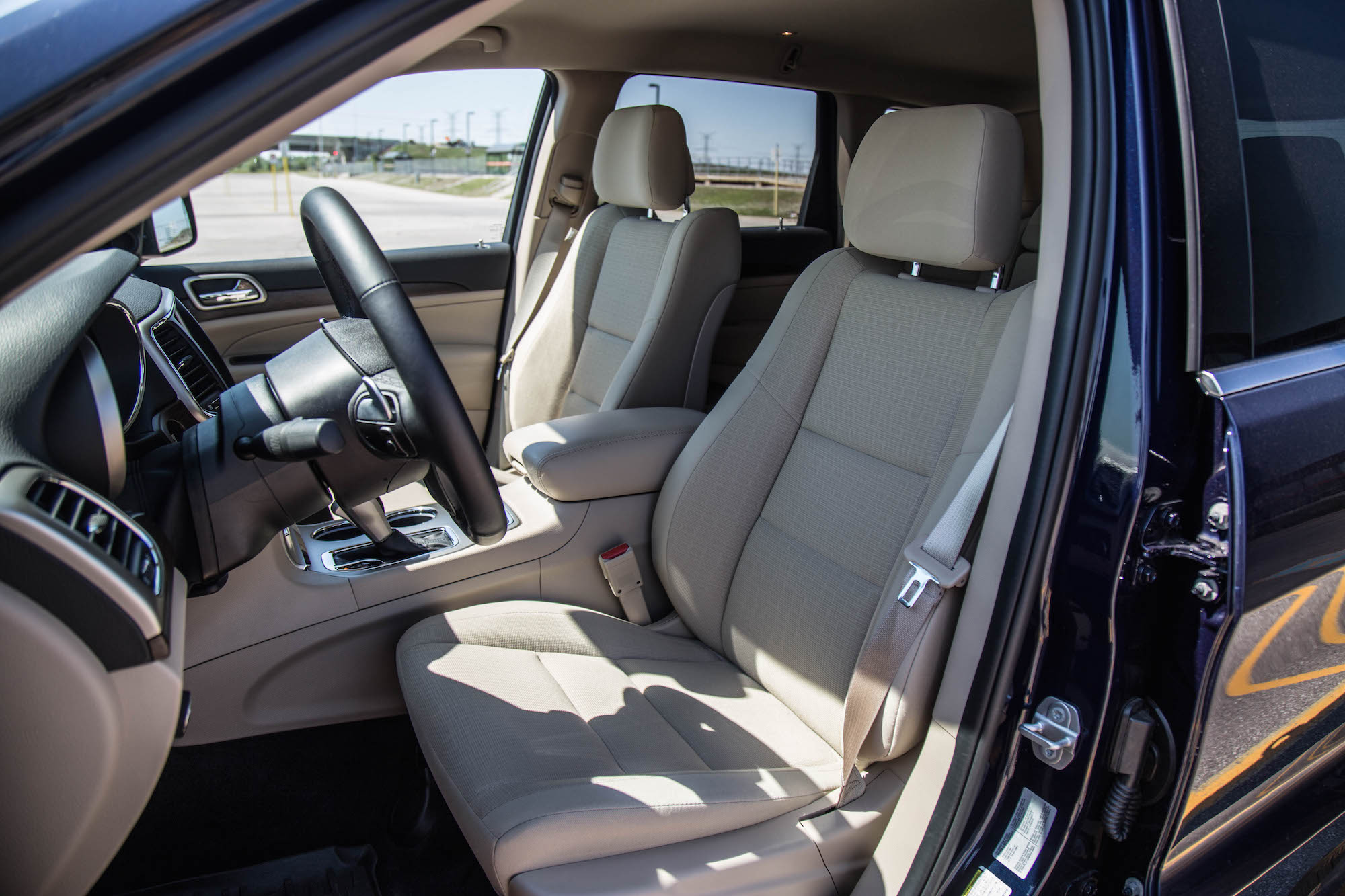 Grand Cherokee Front Seats