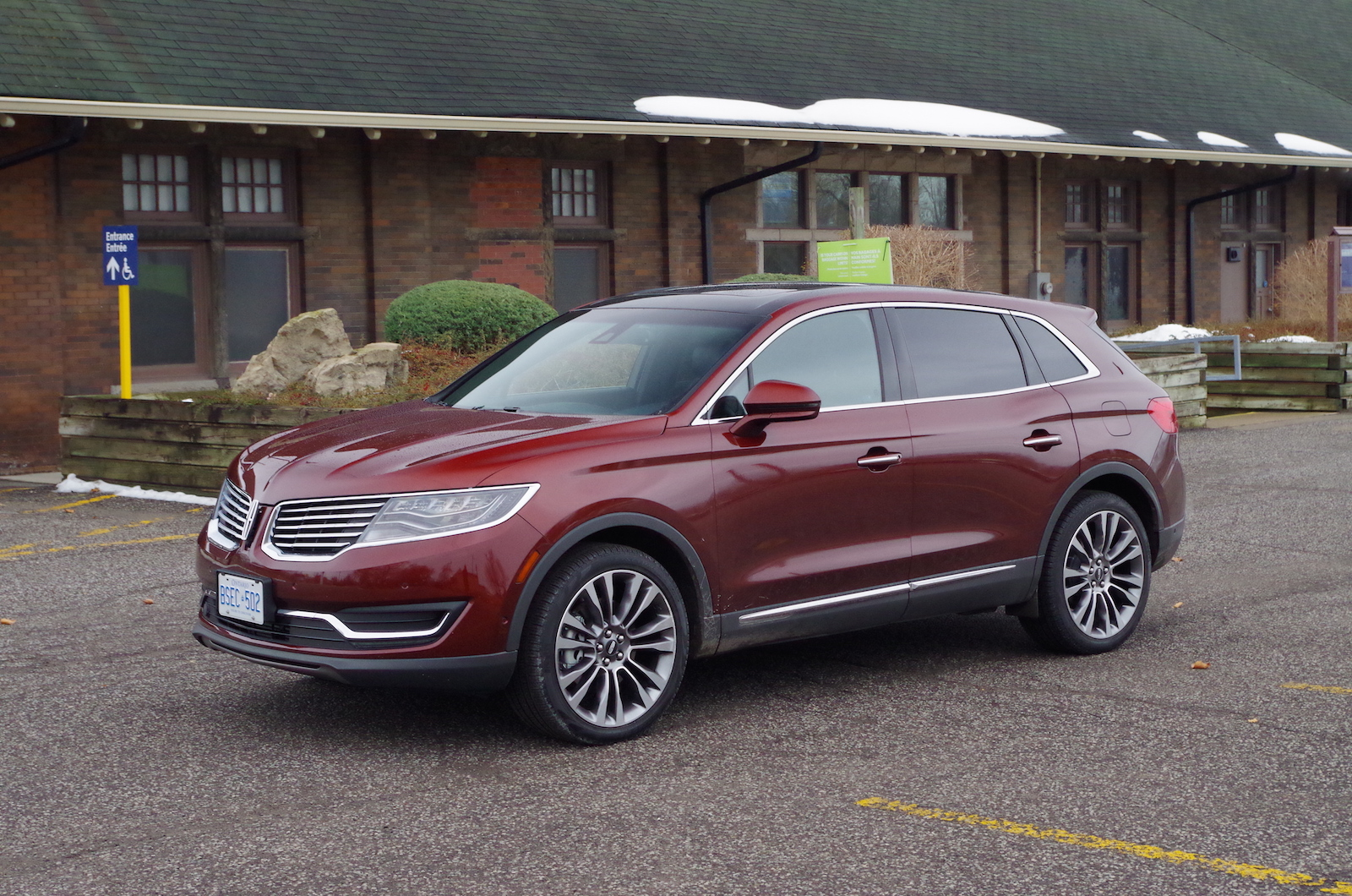 review 2016 lincoln mkx canadian auto review. Black Bedroom Furniture Sets. Home Design Ideas