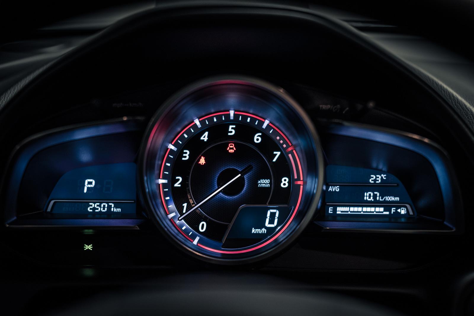 Mazda Cx Tachometer on Inline 4 Cylinder Engine