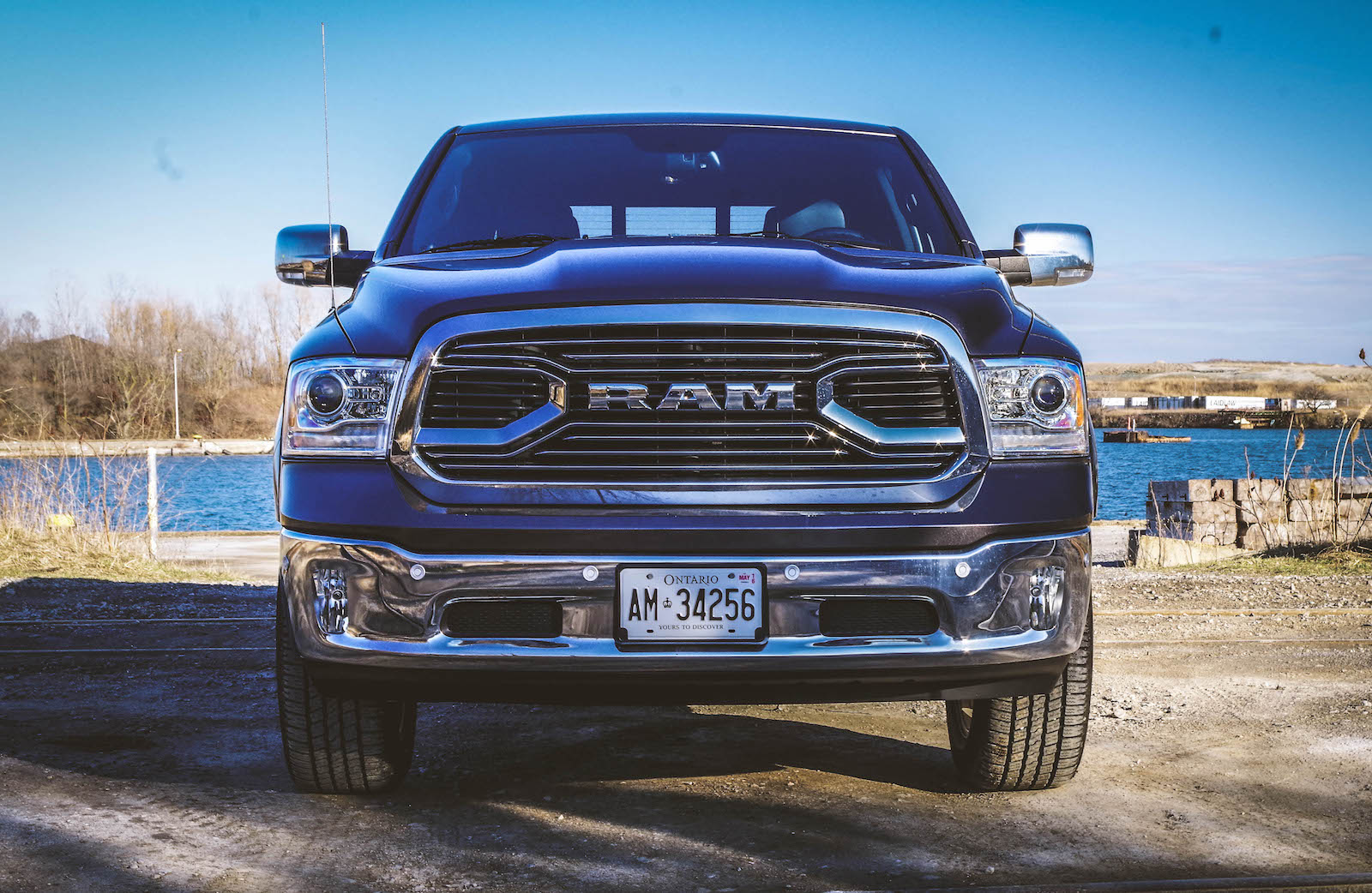 review 2016 ram 1500 laramie limited canadian auto review. Black Bedroom Furniture Sets. Home Design Ideas