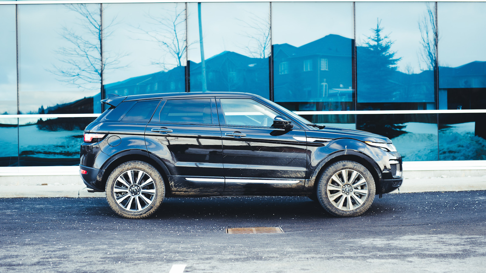 review 2016 range rover evoque hse canadian auto review. Black Bedroom Furniture Sets. Home Design Ideas