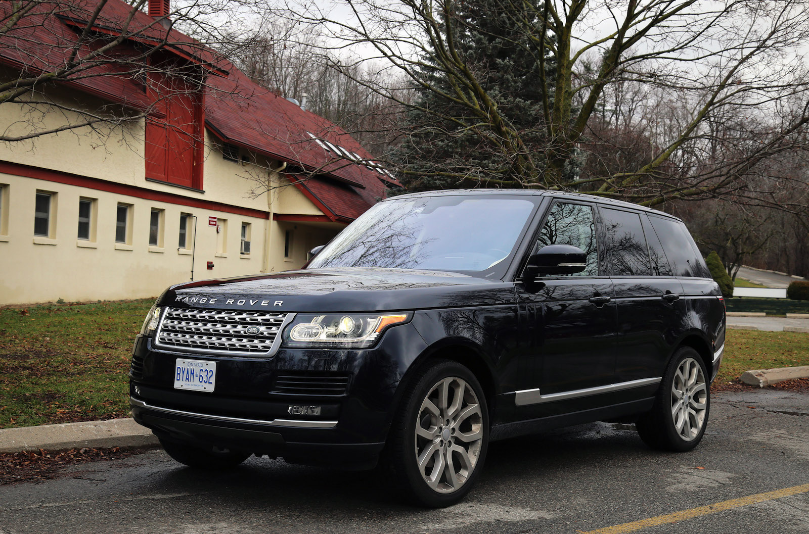 2016 range rover hse td6 canadian auto review. Black Bedroom Furniture Sets. Home Design Ideas