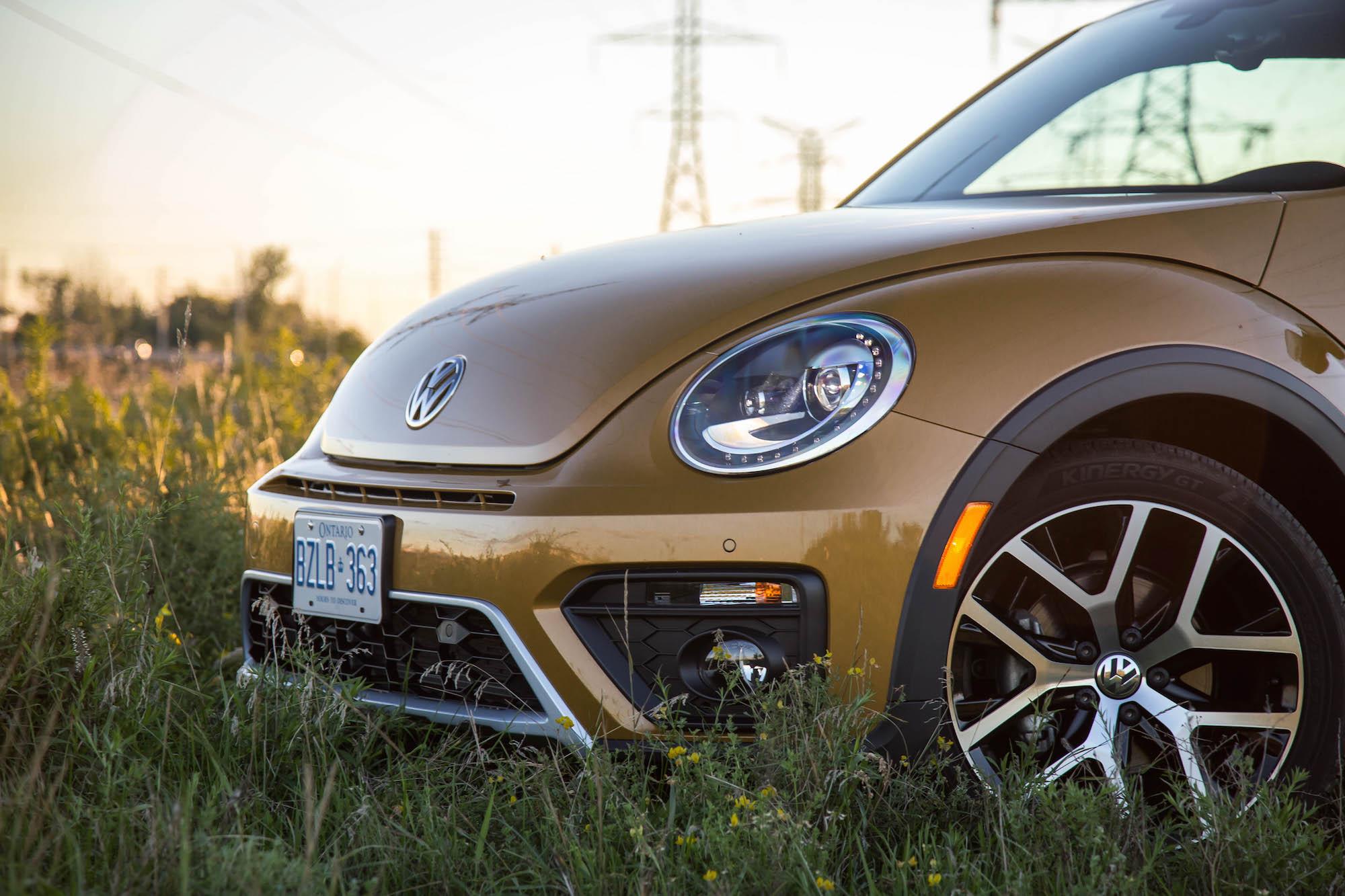Review: 2016 Volkswagen Beetle Dune | Canadian Auto Review