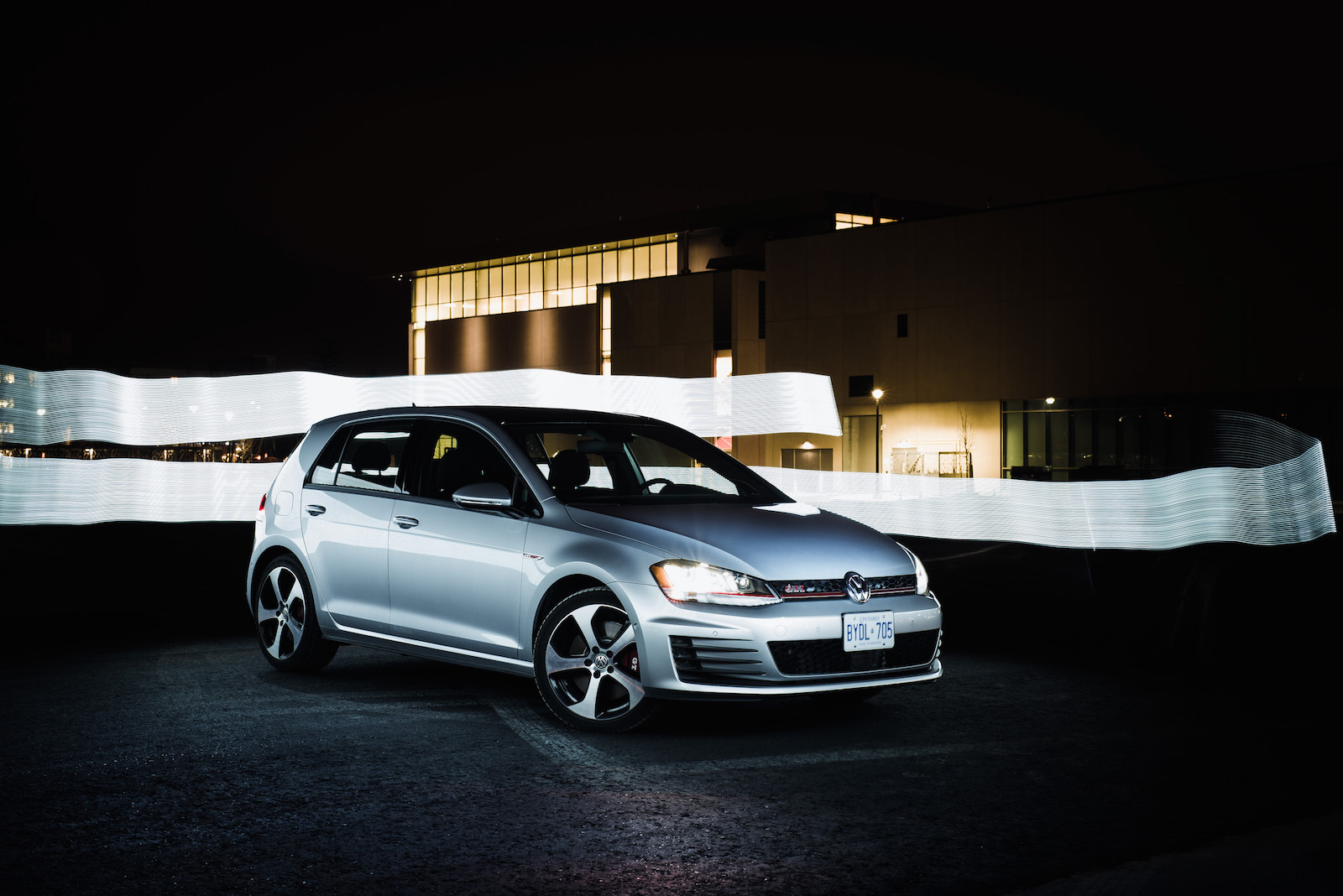 review 2016 volkswagen golf gti canadian auto review. Black Bedroom Furniture Sets. Home Design Ideas
