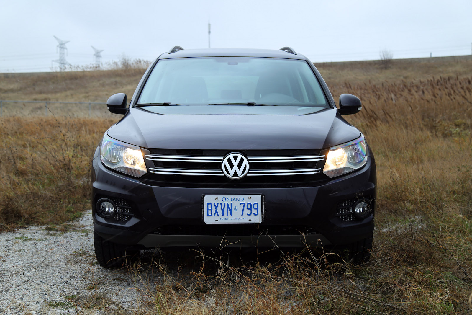 review 2016 volkswagen tiguan se canadian auto review. Black Bedroom Furniture Sets. Home Design Ideas