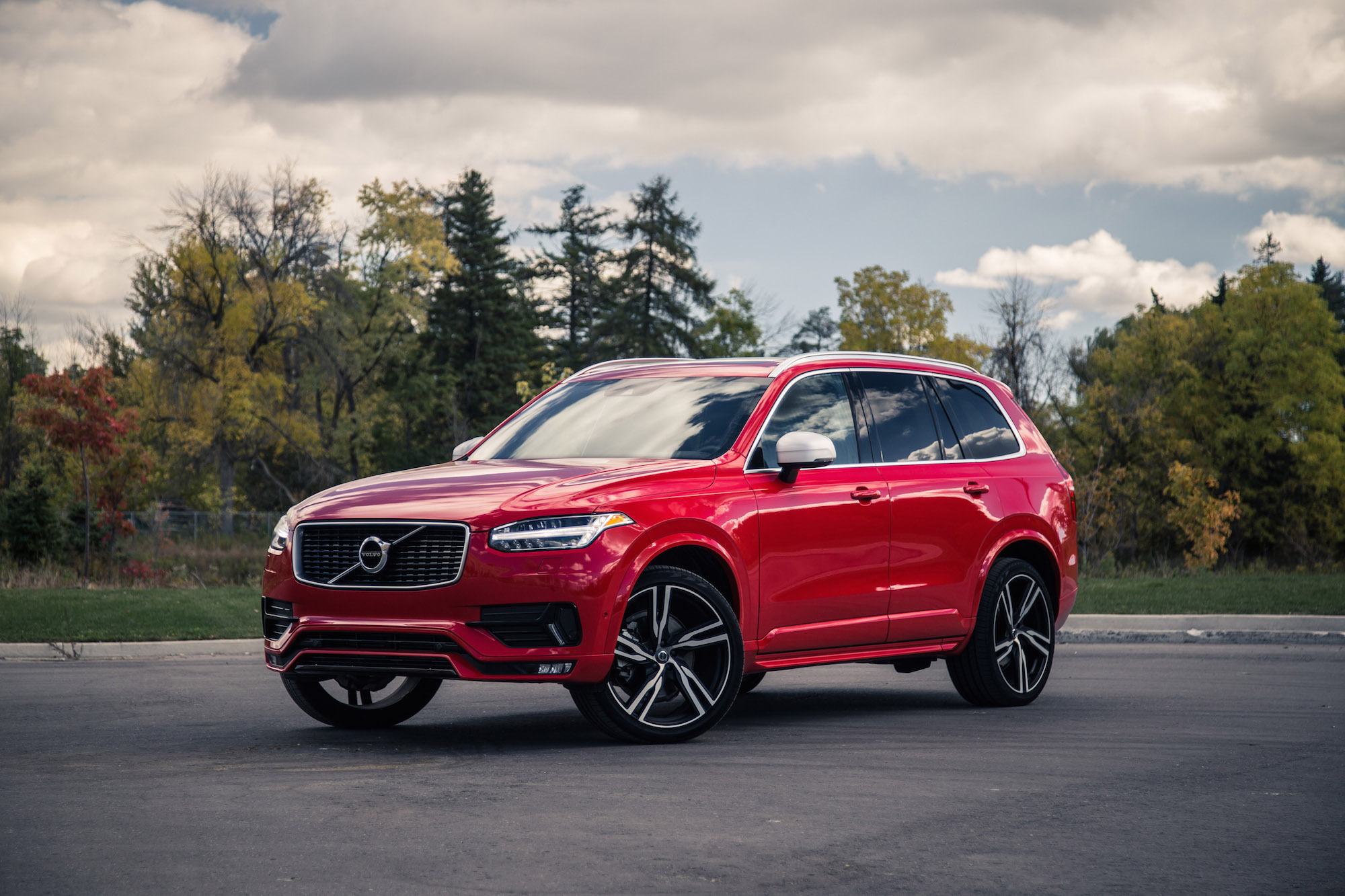 Review: 2016 Volvo XC90 T6 R-Design | Canadian Auto Review