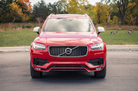 Volvo XC90 R-Design front end