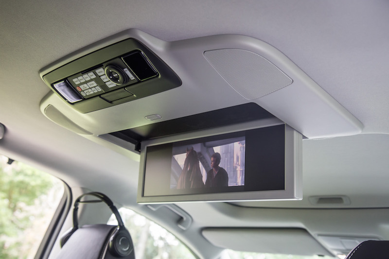 2017 Acura MDX Sport Hybrid widescreen display