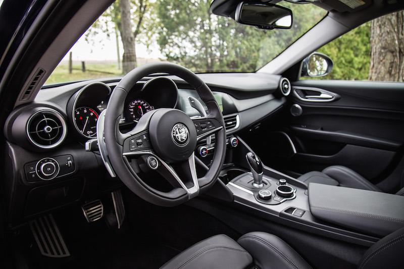 review 2017 alfa romeo giulia ti sport canadian auto review. Black Bedroom Furniture Sets. Home Design Ideas