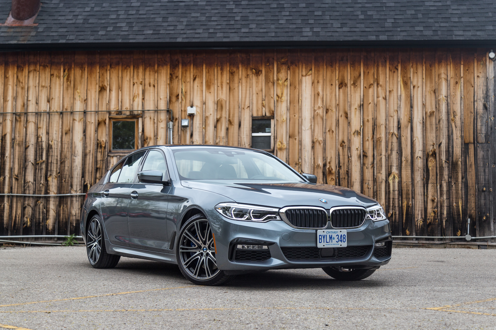 review 2017 bmw 540i xdrive canadian auto review. Black Bedroom Furniture Sets. Home Design Ideas