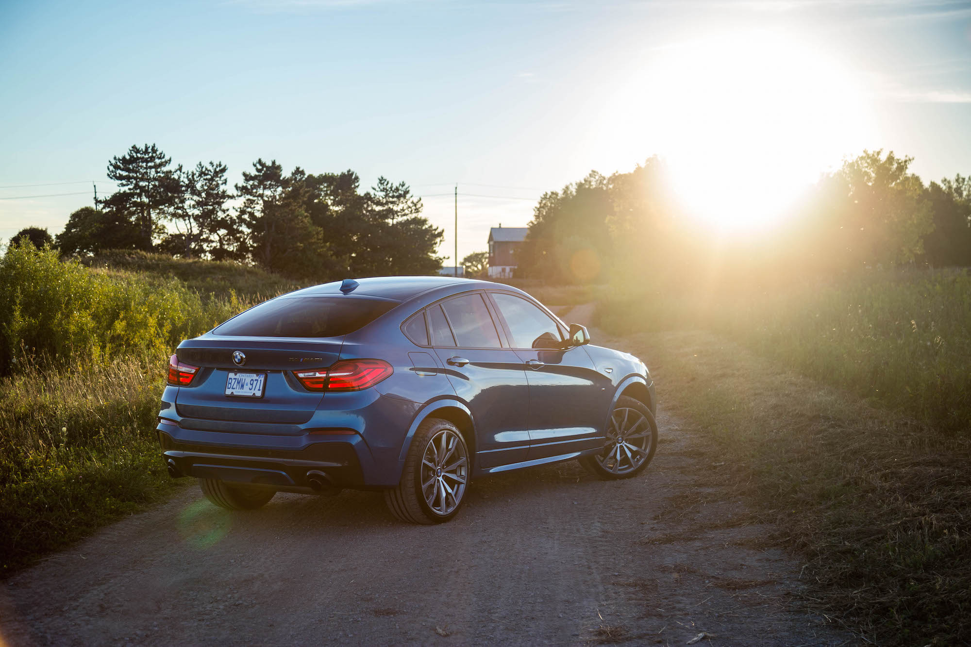 exhaust notes 2017 bmw x4 m40i canadian auto review. Black Bedroom Furniture Sets. Home Design Ideas