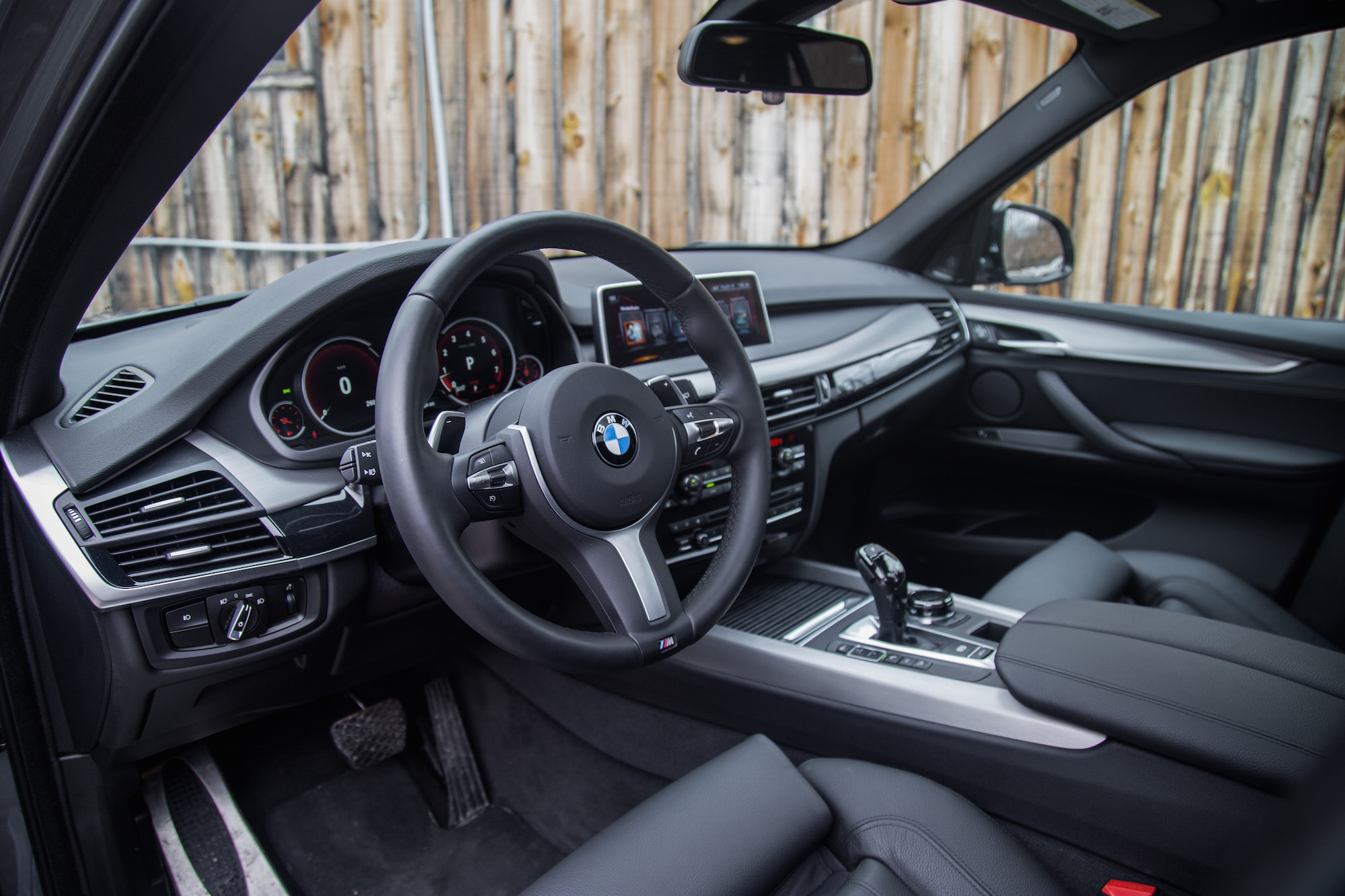 Anyone else find the interior of bmw cars very ugly for Bmw x5 interior