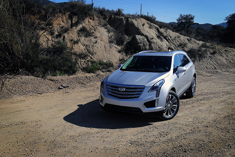 2017 cadillac xt5 review