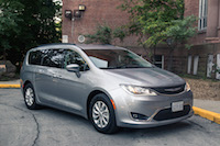 Chrysler Pacifica Touring-L silver paint