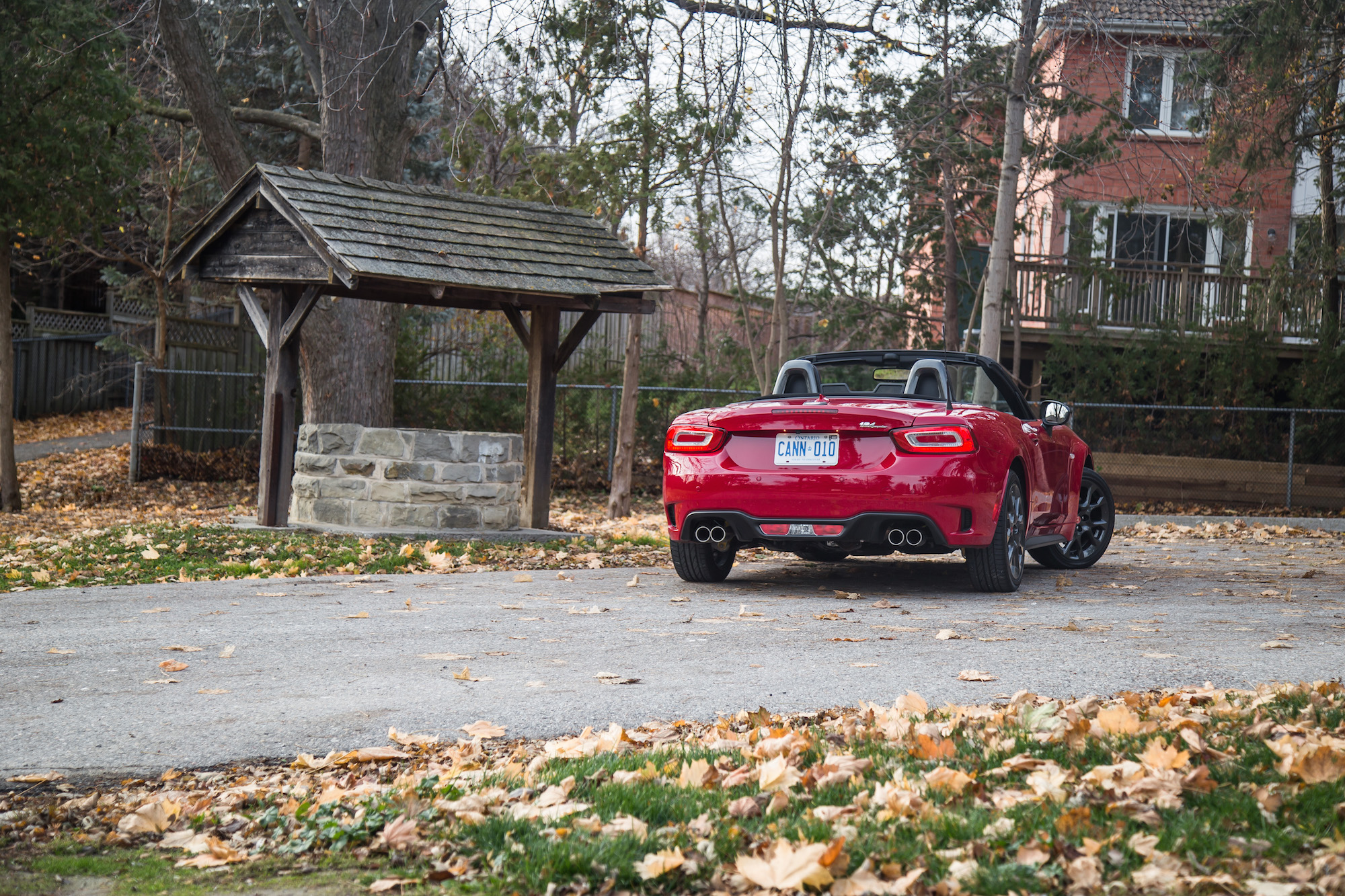 review 2017 fiat 124 spider abarth canadian auto review. Black Bedroom Furniture Sets. Home Design Ideas