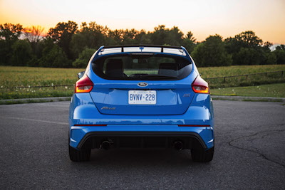 review 2017 ford focus rs canadian auto review. Black Bedroom Furniture Sets. Home Design Ideas