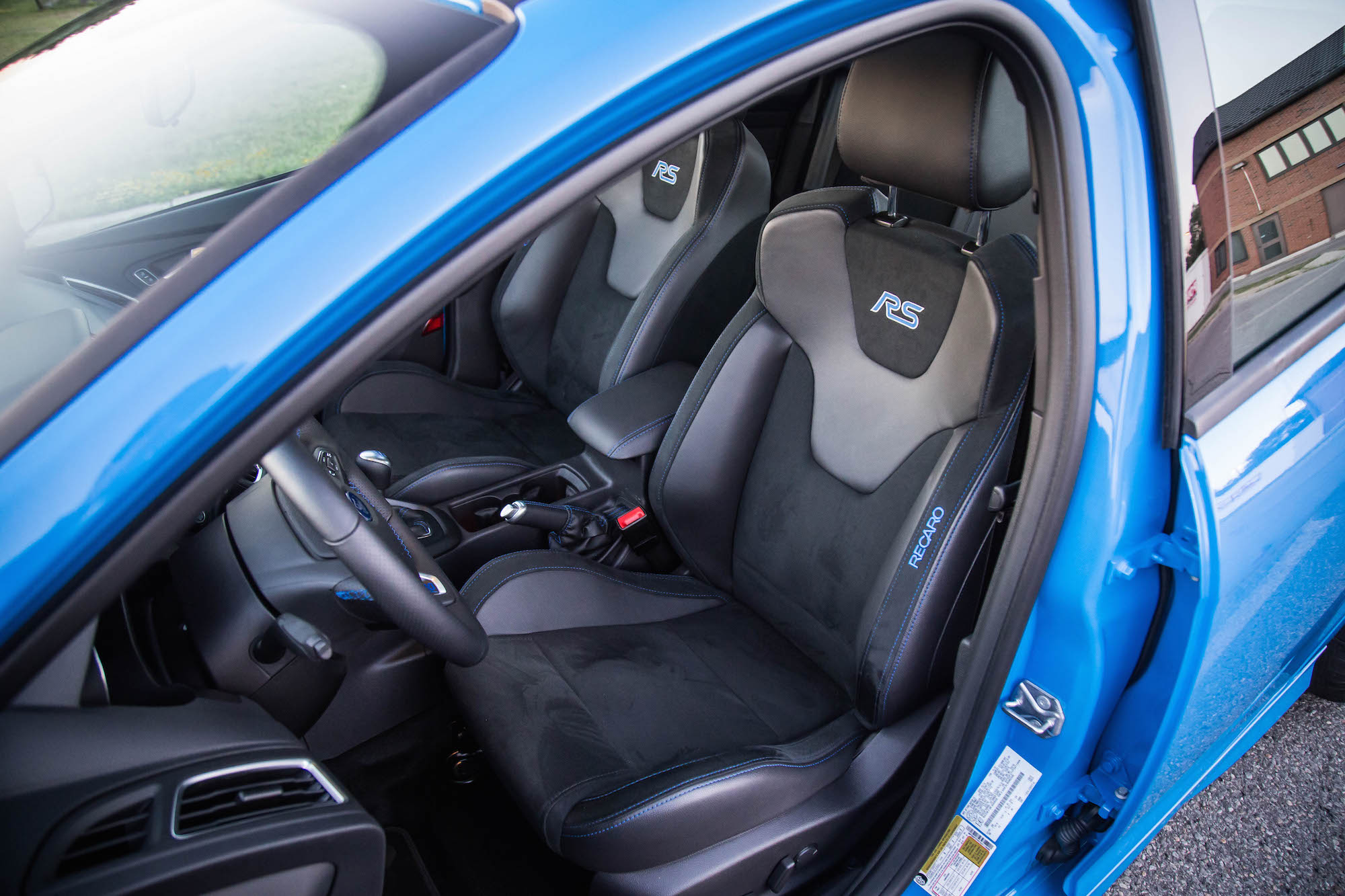 exhaust notes 2017 ford focus rs canadian auto review. Black Bedroom Furniture Sets. Home Design Ideas
