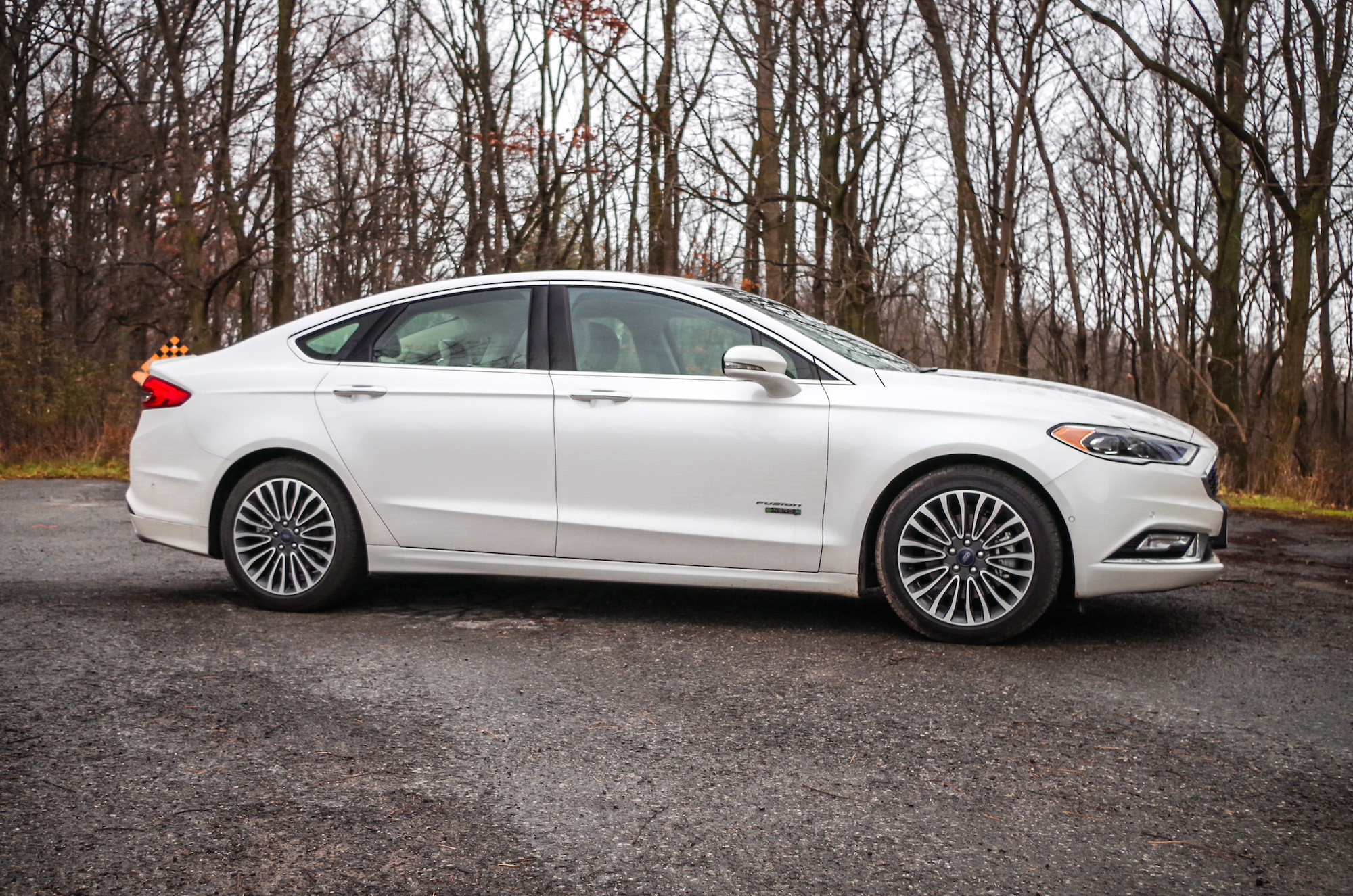 is and a inc new ford platinum select used in dealer cars varney vehicle selling fusion